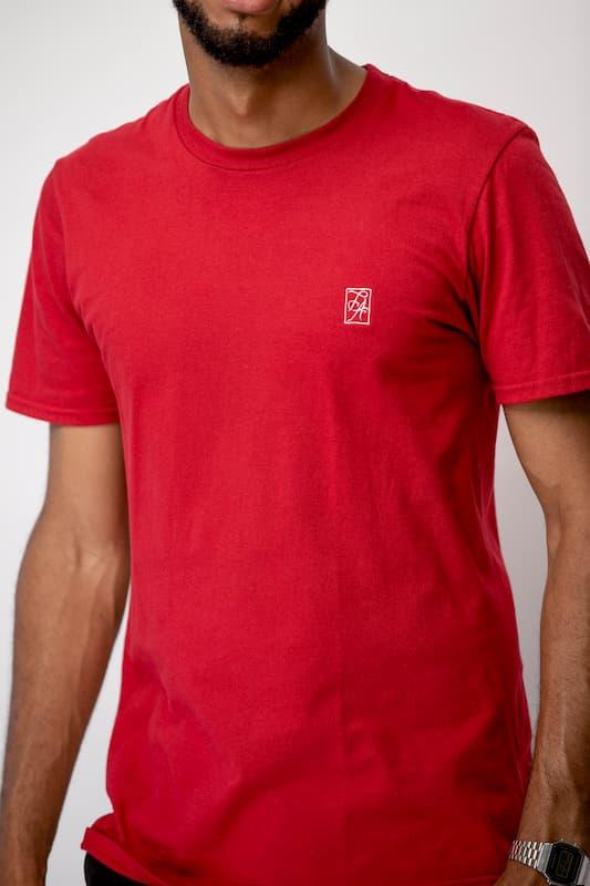 le t-shirt à col rond rouge FA (2)